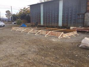 パワコン・キュービクル用コンクリート基礎設置